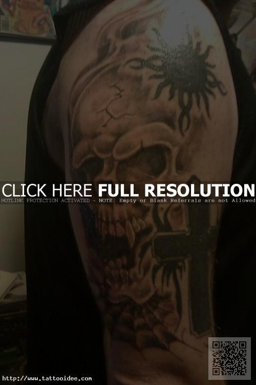 Totenkopf Tattoo Oberarm Tattooideecom
